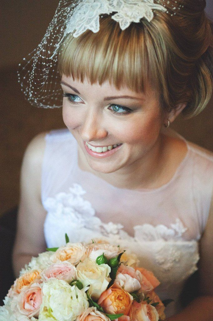 Дорогие невесты, очень-очень жду от вас фотографий, какие вы у меня были прекрасные! @nastyakunya - храню с особым трепетом твой портрет!) Dear brides I am so happy to see your wedding images, will be very thankful if you email me a few)) @nastyakunya - one of my brides and I love this portrait!  #beretkah#birdcage #veil#vintageinspired#headband #headpiece#headwear#головнойубор#vintagefashion #stylish #fascinator#embroidery#fashion#мода#украшениедляголовы#шляпка #винтаж#винтажный#стиль…