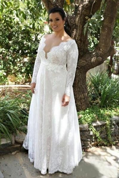 Lace V Neck Wedding Dresses Sweep Train Floor Length Plus Size A Line Appliques Bridal Gown with Buttons and Sash