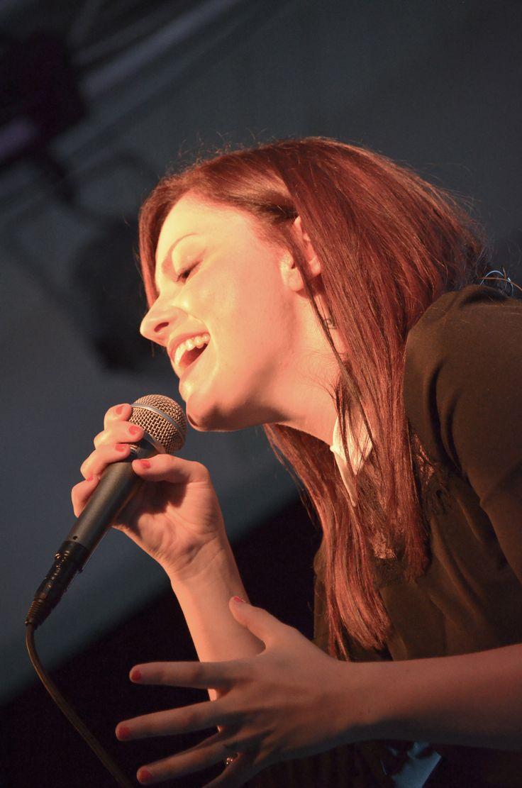Annalisa in concerto presso il Veraclub Suneva & Golf