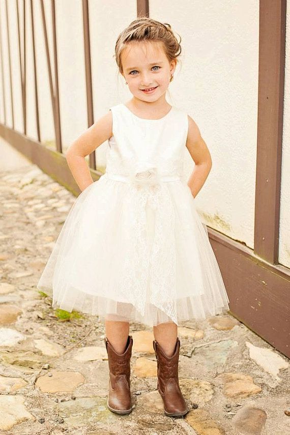 1000  ideas about Country Flower Girls on Pinterest  Country ...