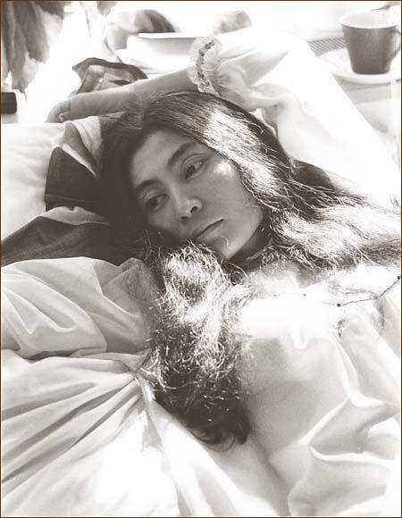 vintagephoto: The Beatles & Yoko Ono