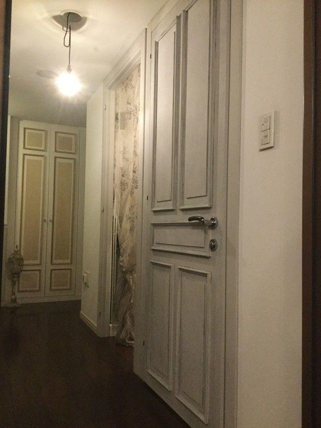 ドアのリメイク エイジング塗装でシャビーテイストに大変身