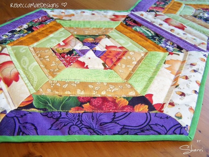 1000 images about quilting on pinterest free motion for Round table runner quilt pattern