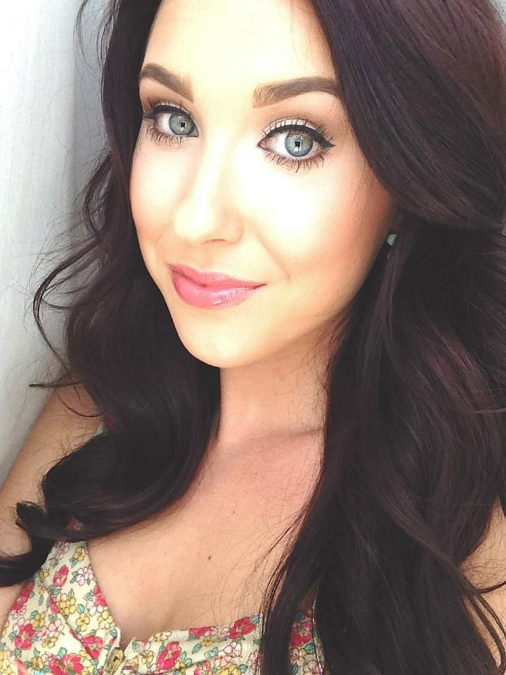 Jaclyn Hill- MAC Makeup Artist Who Makes The Best YouTube