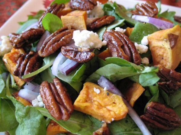 Sweet potato green salad with a maple vinaigrette and mapled pecans ...