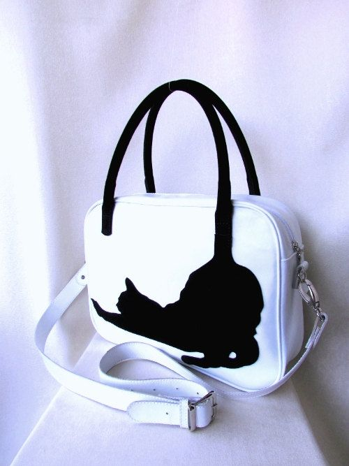 Hey, I found this really awesome Etsy listing at https://www.etsy.com/listing/212589907/casual-leather-bag-cat-bag-applique-bag