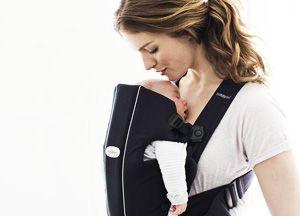 Tante funzioni, sicurezza per il tuo bimbo e mani libere!!! In 1 minuto ti presentiamo il Marsupio Baby Björn Original, che potrai acquistare comodamente da casa, sul nostro store online!https://www.youtube.com/watch?v=De3sKZR6s3M  #marsupio #neonato #mamme
