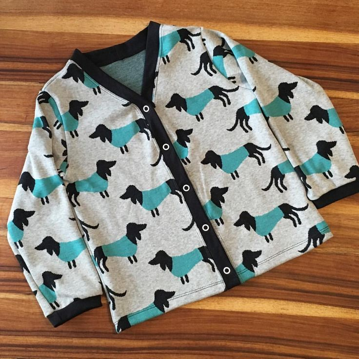 Cardigan Wiener dogs Hunde Dackel Outfit Boys nähen selbstgenäht sewing