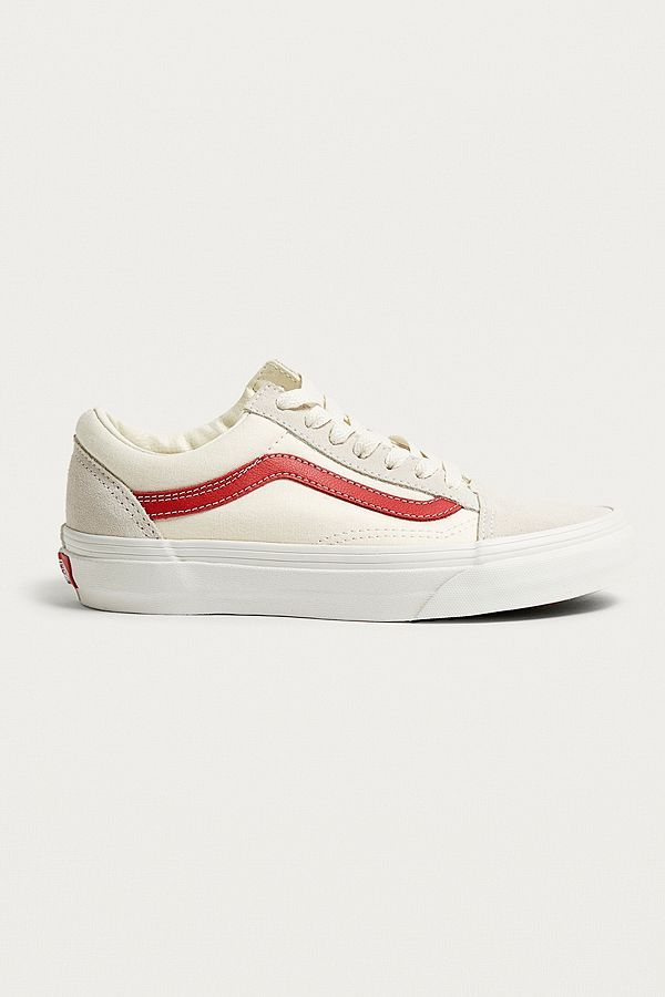 8361123451c58b Vans Old Skool White and Red Trainers  )