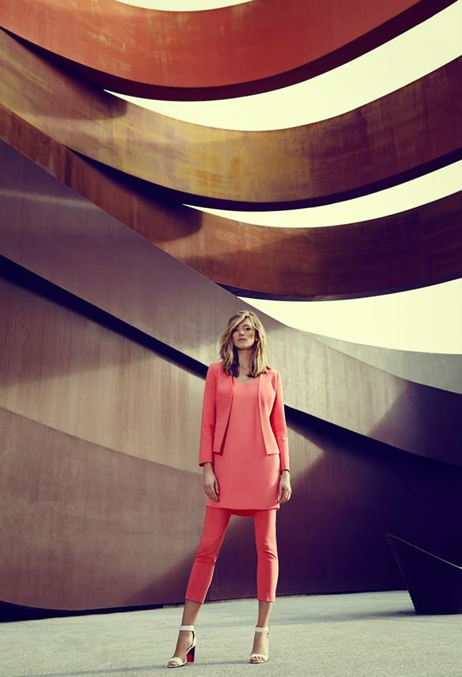 Kobieca stylizacja w różu! Elegancka tunika i żakiet od Top Secret
