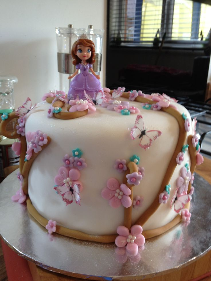 Cake Images Sofia : Princess Sofia birthday cake Kaylee birthday ideas ...