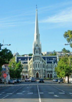 Dutch Reformed Church, Graaff-Reinet, South Africa    http://www.camdeboocottages.co.za/index.php/visit-the-valley-of-desolation