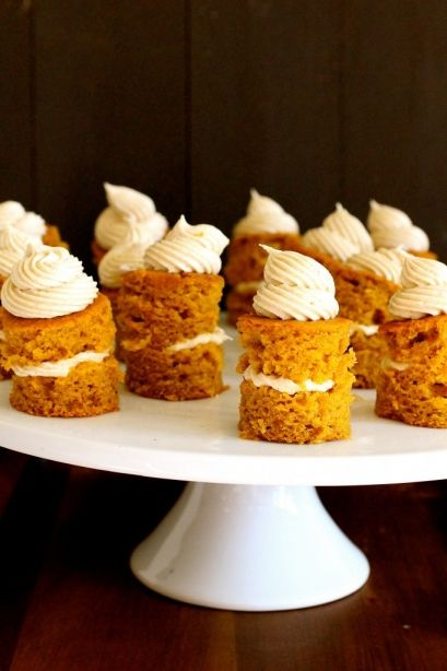 Mini Pumpkin Cakes with Cinnamon Vanilla Bean Cream Cheese Frosting