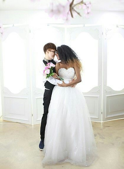 InterracialDating provide the high quality interracial dating service for all