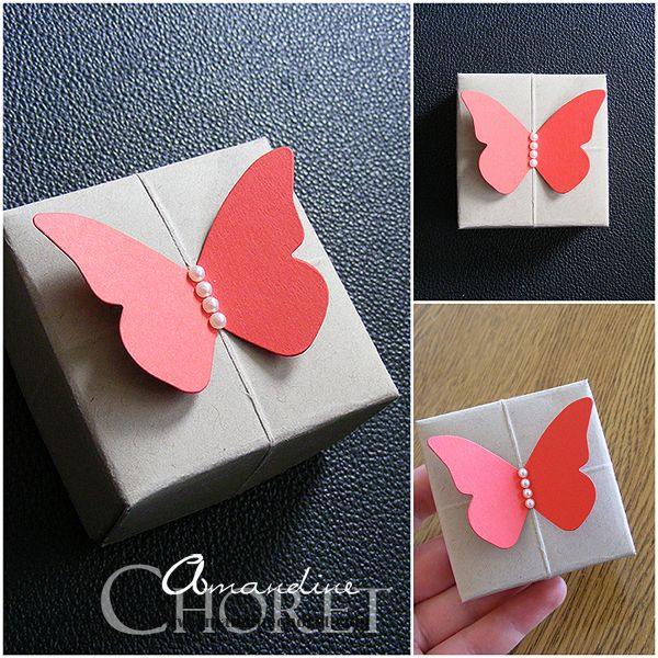 Décorer un paquet cadeau avec un papillon