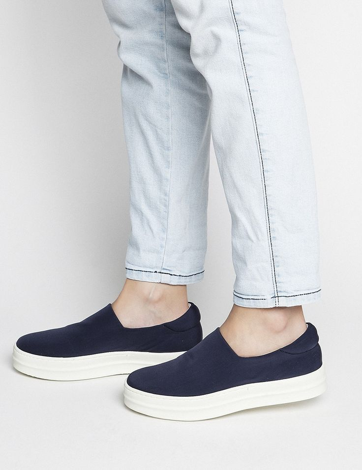 Spring Summer New Collection - Andie Blue #keepfred #fred #sneakers #shoes #outfit #style #fashion #new #collection #spring #colors #women #casual #active #sport #look #slipon #blue #white #navy