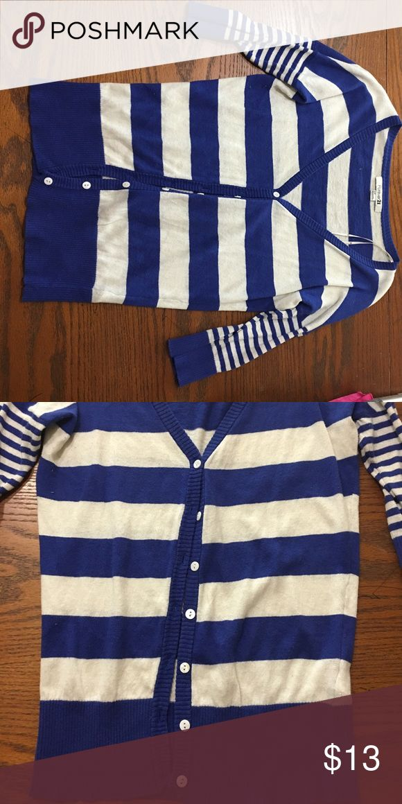 Blue and white cardigan thing Blue and white cardigan that buttons up supper cute Forever 21 Tops Button Down Shirts