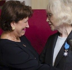 Marie-Pierre Pruvot Becomes The First Trans* Woman To Be Decorated By France - http://www.lezbelib.com/europe-news/marie-pierre-pruvot-becomes-the-first-trans-woman-to-be-decorated-by-france #MariePierrePruvot #transwoman #France #decoration
