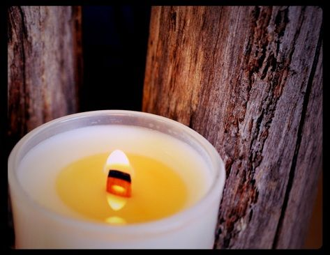 Move over cotton lead wicks and make way for the wick that crackles! These wicks not only burn slower than traditional cotton wicks meaning more flame time for you, but they will crackle gently...