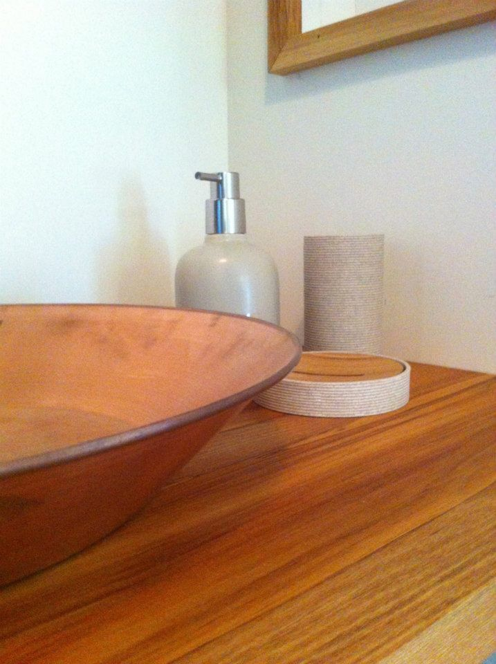 Copper gold pan sink