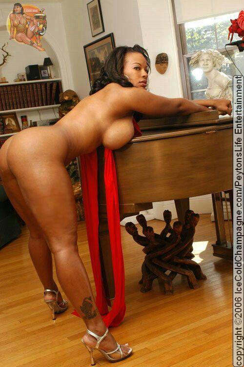 black-heels-bending-over-naked-hot-nude-girls-with-purple-hair