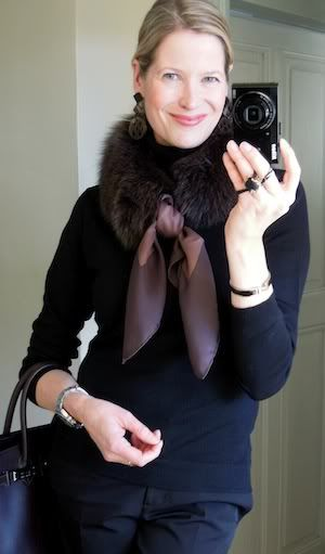 Love mixing the scarf with the fur collar, so elegant MaiTai Collection: Mocca scarf fur collar