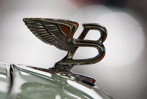IJmuider Courant - Nederland telt steeds meer Bentley's