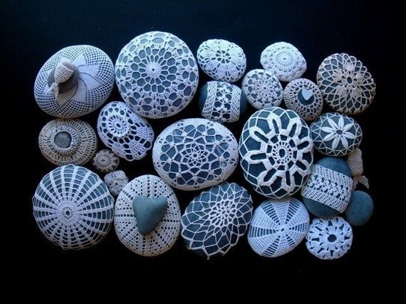 Crocheted Stones by Margaret Oomen, knitalatte: Photo of crochet covered stones hand crafted with vintage crochet cotton and a tiny crochet hook. Here is a link for a DIY http://pinterest.com/pin/417605552/#Crocheted_Stones  #knitalatte #Margaret_Oomen