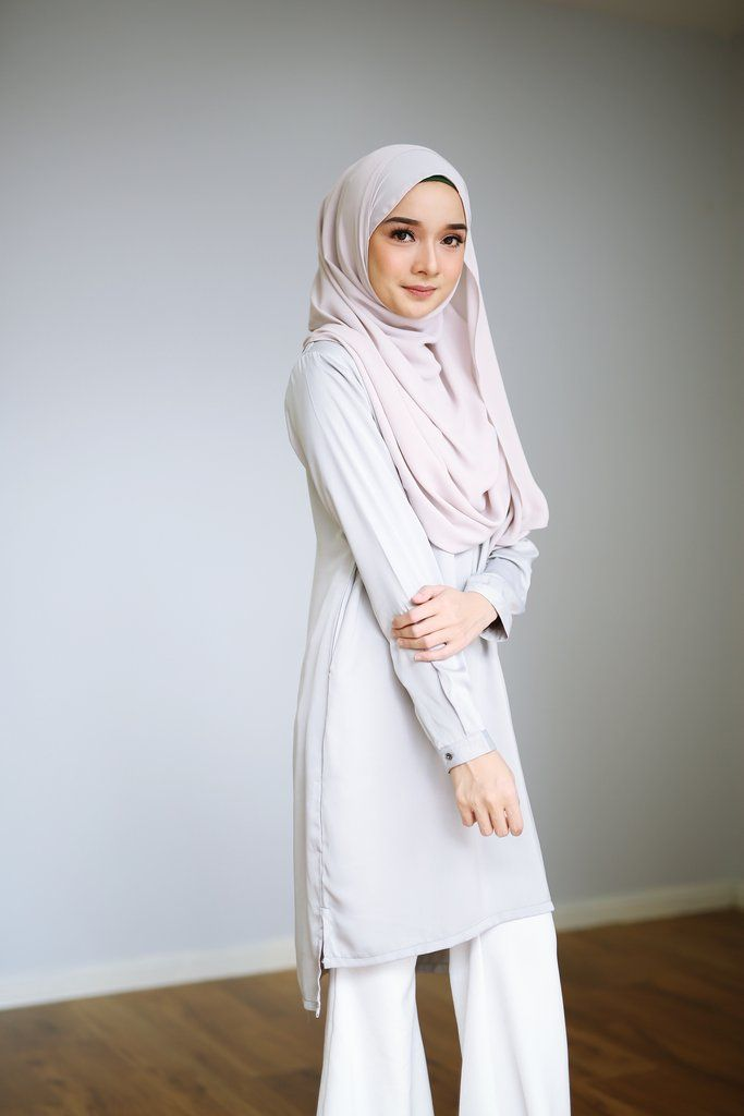 Ara Blouse in Pearl Grey