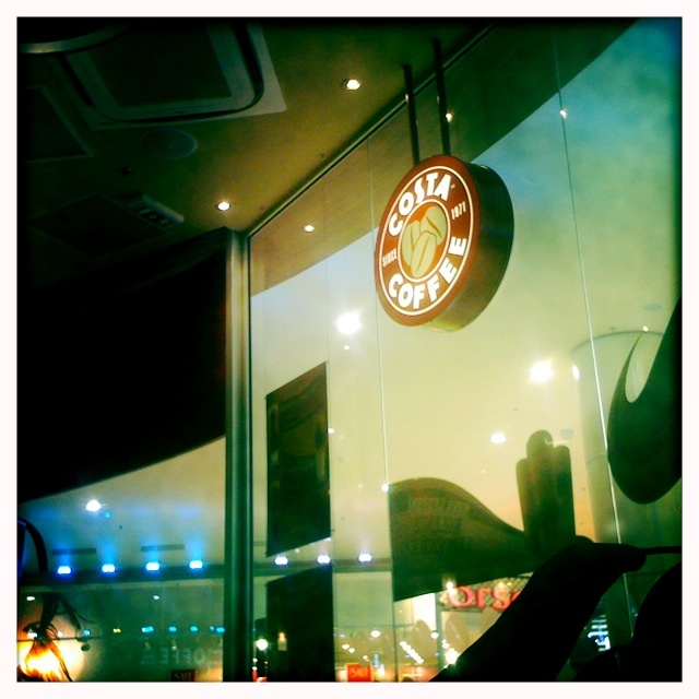 Costa coffee, images by @wivercz