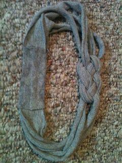Maggie's Moments: DIY: T-shirt headband