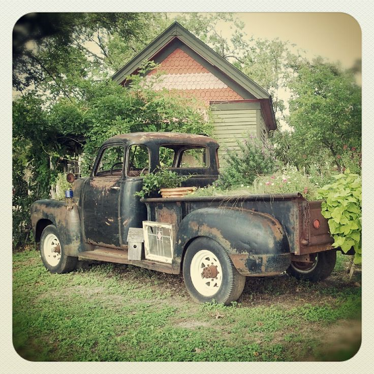 11 best Old Cars Trucks & Buses images on Pinterest | Abandoned ...