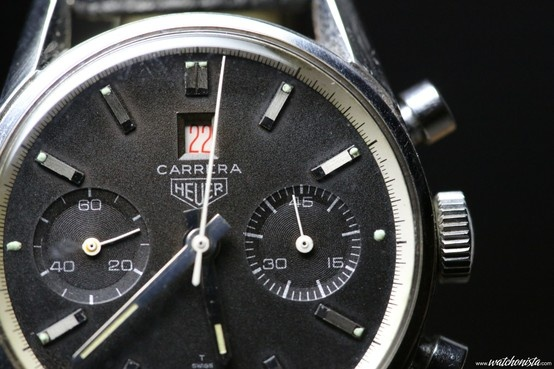 50 years of Carrera. 1966, Heuer presents the first chronograph with a date displayed through an aperture: The 45 Dato http://www.watchonista.com/2914/watchonista-blog/watchographer/heuer-carrera-45-dato-early-black-ref-3147