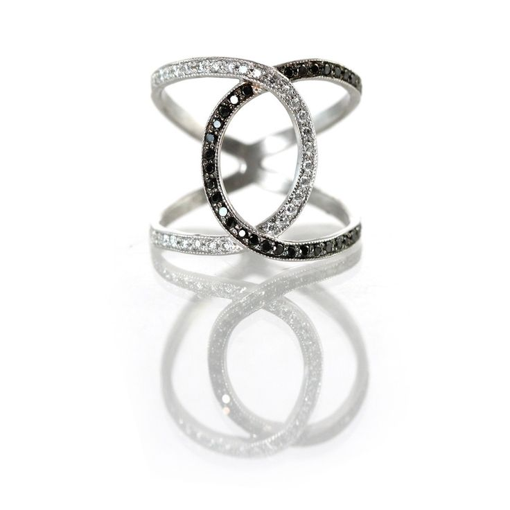 Love me some Zoe Chicco. 14k black & white overlap ring.