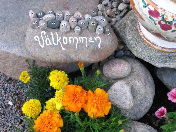Bloggis | Måla på stenar!
