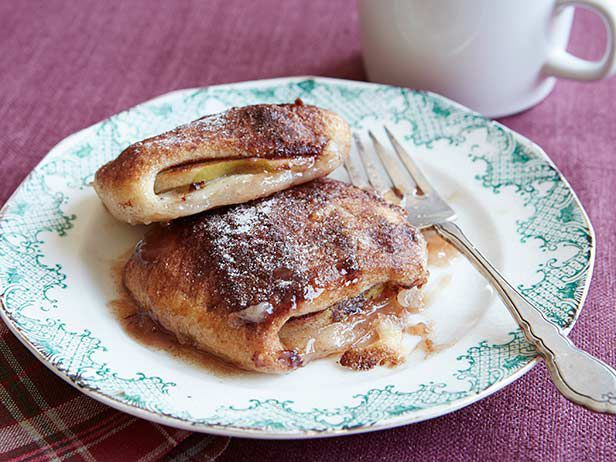 Recipe of the Day: Trisha's Apple Dumplings The best-tasting things in life are often the easiest to make, and Trisha's brunch dumplings fit the bill. After wrapping Granny Smith apple slices in canned, at-the-ready buttermilk biscuit dough, she pours on homemade sugar syrup and cinnamon sugar, then bakes them until they're golden brown.