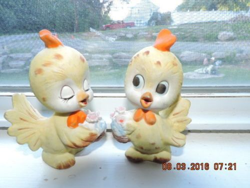 2 Lefton Yellow Bird Figures Vintage Cartoon Look Holding Flowers TWR 7991 RARE | eBay