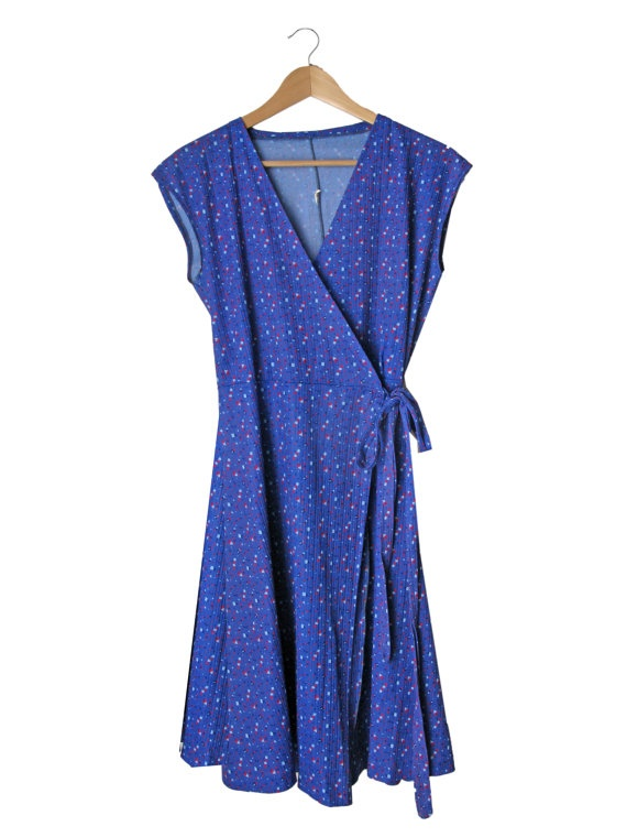 Patterned Violet Wrap Dress - 1970. $39,00, via Etsy.