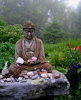 Outdoor meditation altar Insight Meditation Society, Barre MA (travelandleisure.com)