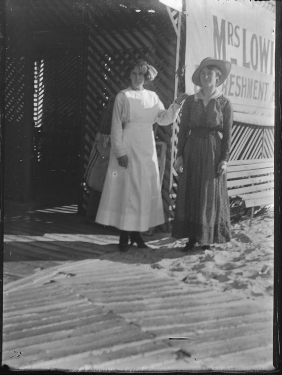 015243PD: Mrs Lowick's Refreshment Rooms, Swanbourne Terrace, Cottesloe, ca. 1914. Possibly Mrs Ann Mary Lowick at right? https://encore.slwa.wa.gov.au/iii/encore/record/C__Rb3419252