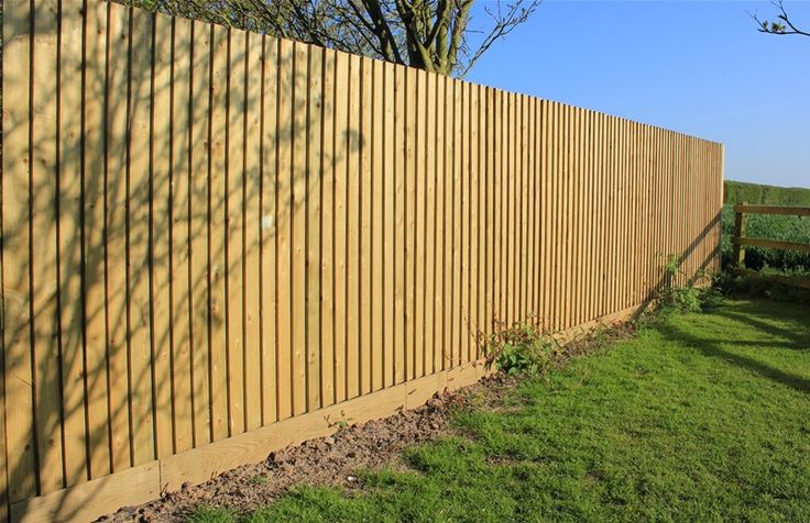Traditional Featherboard fence
