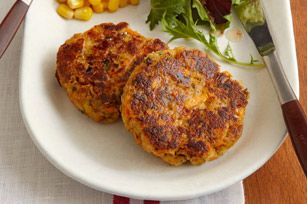 TUNA CAKES. 2 (6oz) cans tuna, 1 pkg (6oz) Stove Top stuffing, 1 c shredded cheddar cheese, 1/2 c shredded carrots, 1/3 c mayo, 2 tbs sweet picket relish, 3/4 c water. Mix, cover and chlll for 30 min. Scoop balls of 1/3 c mix into hot oiled skillet, flatten w/ spatula and brown 3 min. Turn carefully and brown other side. Makes 12 tuna cakes.