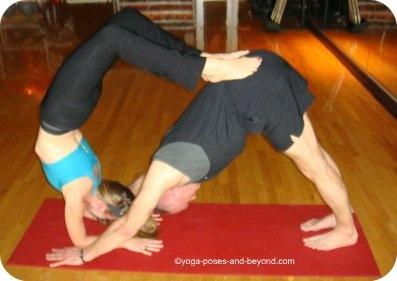 38 best partner yoga images on pinterest  acro yoga poses