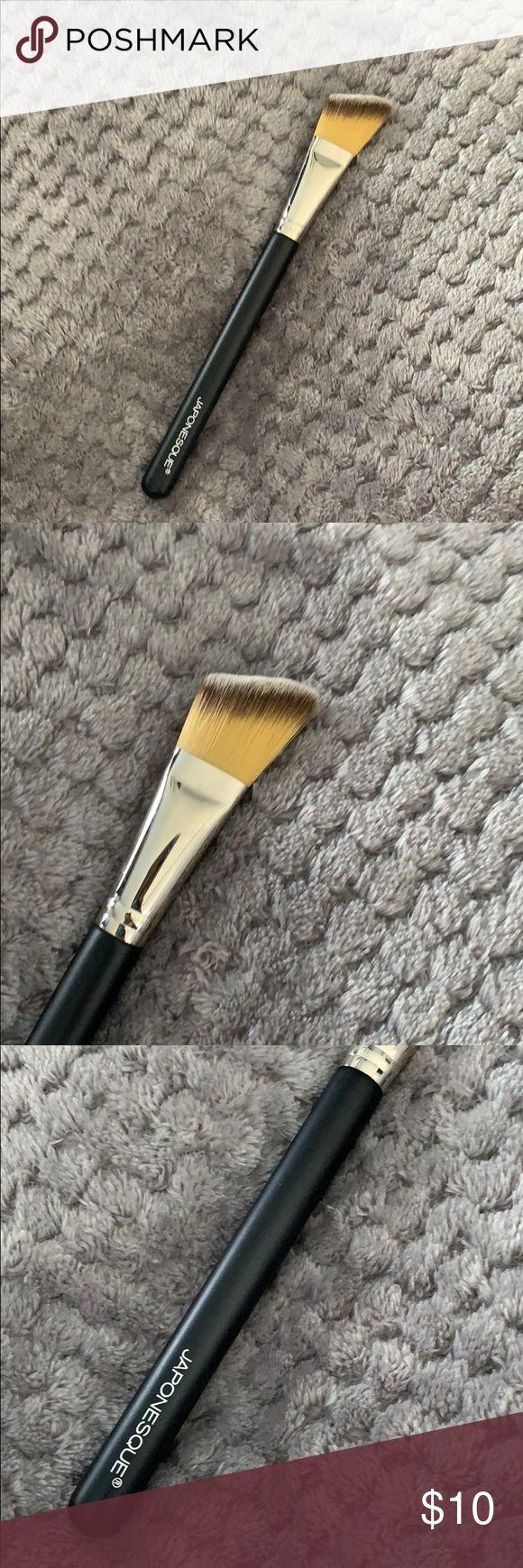 Japonesque foundation brush Flat brush, Japonesque