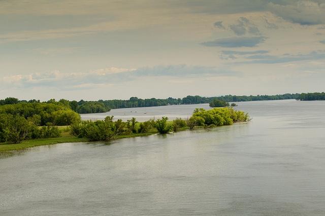 Vue de la rivière Richelieu du pont situé entre Noyan et Lacolle