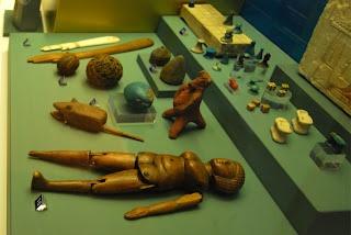 Boneca no Antigo Egito  Doll in Ancient Egypt  Scotland Museum
