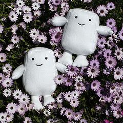 Yes! Tutorial/pattern for Dr. Who adipose babies out of fleece.