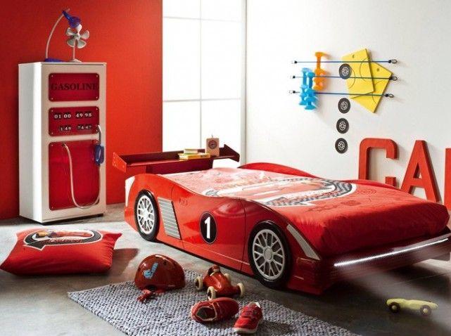 Chambre garcon lit voiture projet maison pinterest - Armoire chambre garcon ...