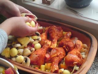 romertopf - kip met groente en ananas