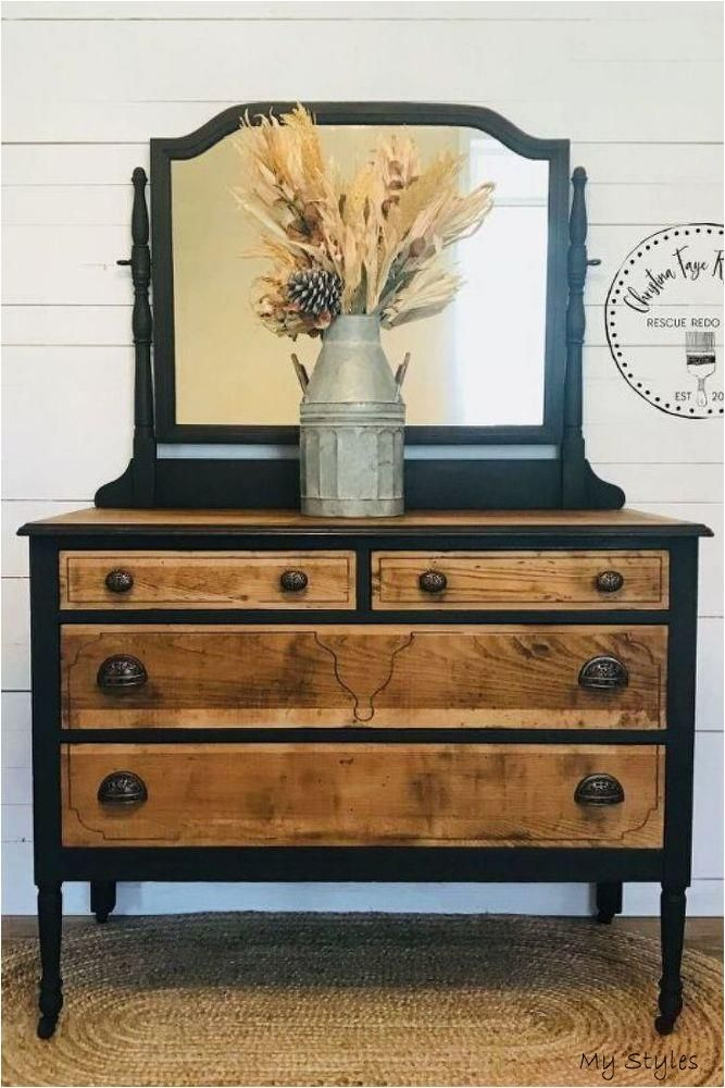 Jan 23 2020 Turn Your Vintage Dresser Into A Beautiful Furniture Piece With This Upcycling Tip En 2020 Meubles Surcycles Relooking De Mobilier Renovation De Commode